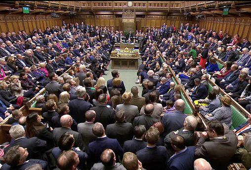 ضربة موجعة لماي بعد رفض البرلمان البريطاني بأغلبية ساحقة اتفاق الخروج من الاتحاد الأوروبي