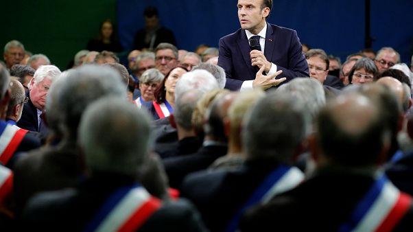 Macron defiende la supresión del impuesto a los más ricos