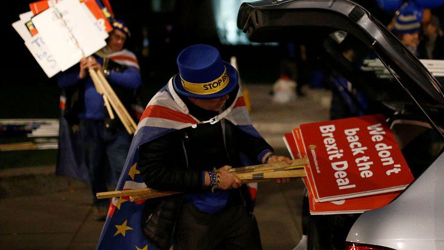 Bρετανία: Στους δρόμους για δεύτερο δημοψήφισμα