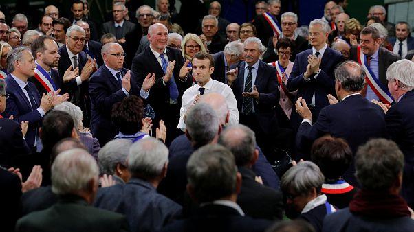ماکرون: فشار از طرف بریتانیا است