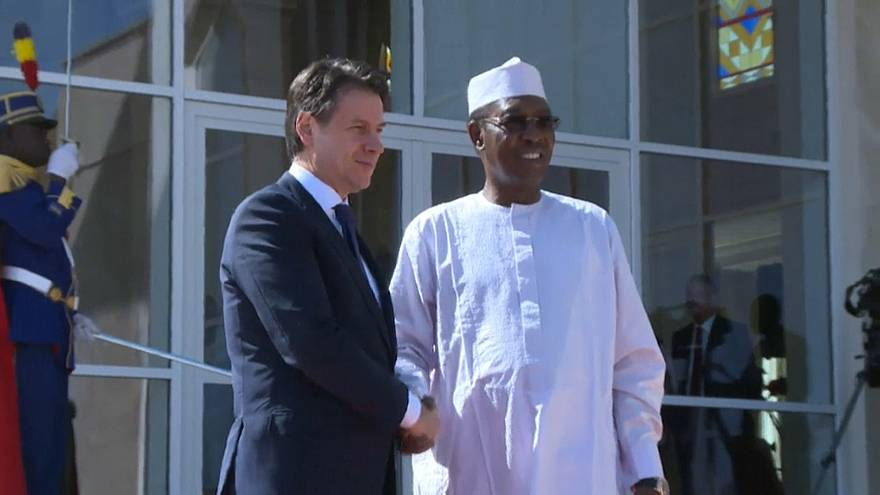 Conte in tour africano sbarca in Ciad