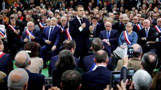Macron 'Büyük Ulusal Müzakere' sürecini başlattı: 4 başlıkta tartışılacak ana konular