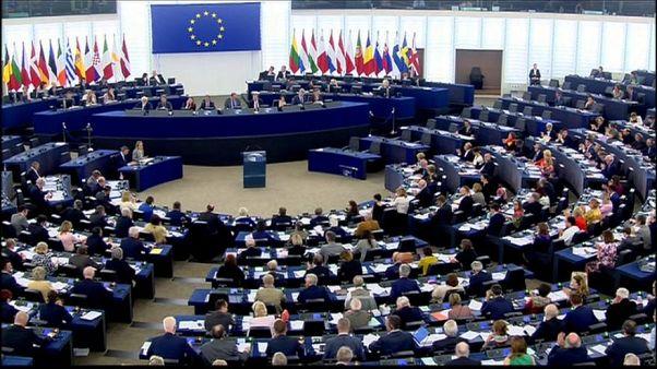 البرلمان الأوربي يواصل اجتماعته لبحث تداعيات هزيمة ماي ورفض اتفاق البريكست