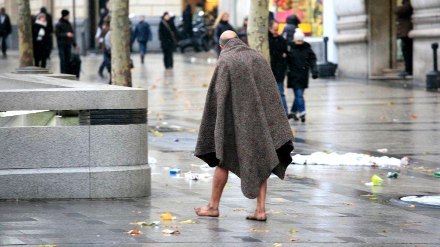 Fransız doktorlar uyardı: Dikkat, sokaklar akıl hastası dolu!
