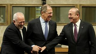 """Sergey Lavrov: """"A Rússia apenas observa o processo do Brexit"""""""
