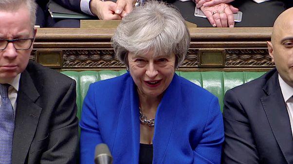 Il governo di Theresa May ottiene la fiducia in Parlamento