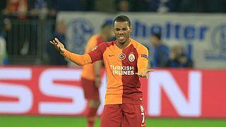 Rodrigues ilk maçına çıkamadan kırmızı kart gördü