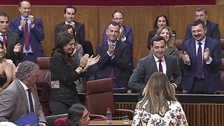 Moreno proclamado presidente de Andalucía con los votos de la extrema derecha