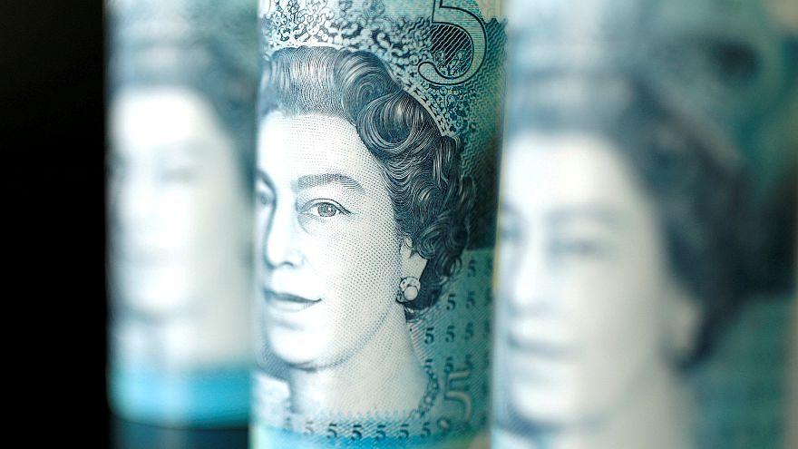 British five pound banknotes