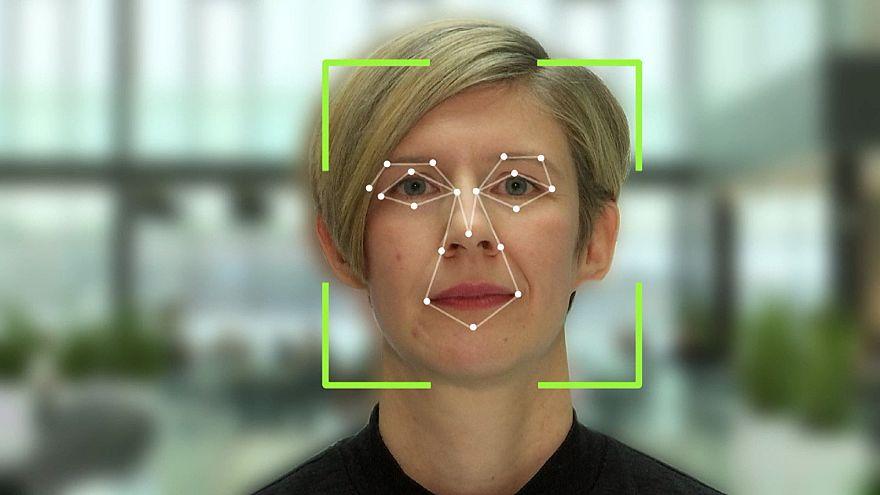 شاهد: مدرسة في السويد تستخدم الذكاء الاصطناعي لمراقبة طلابها