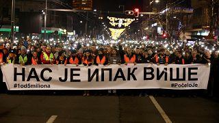 Putin'in ziyareti öncesi Sırbistan'da Vucic karşıtları sokakta: Korku iklimine son verin