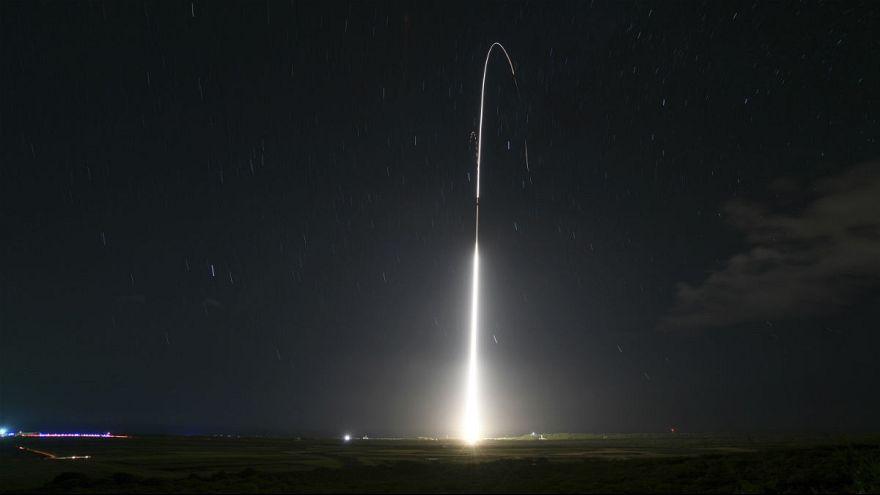 ترامپ از برنامه دفاع موشکی ماهوارهای آمریکا رونمایی میکند