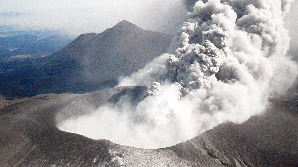 Shindake yanardağı - Japonya
