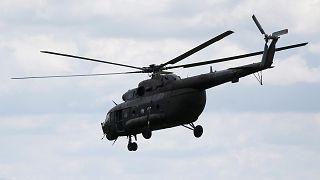 Κατέρριψαν ελικόπτερο και απήγαγαν το πλήρωμα του
