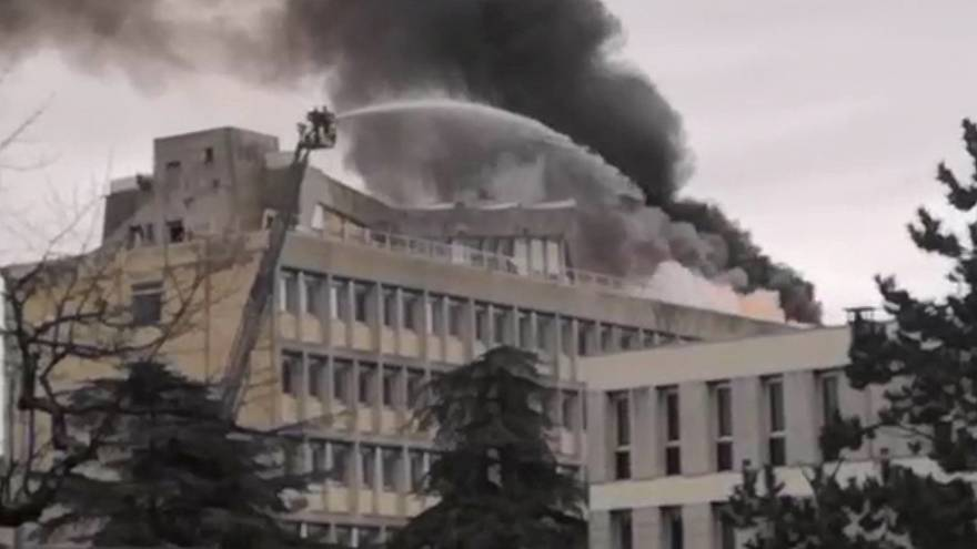 Gasexplosion an Lyoner Universität – drei Personen verletzt