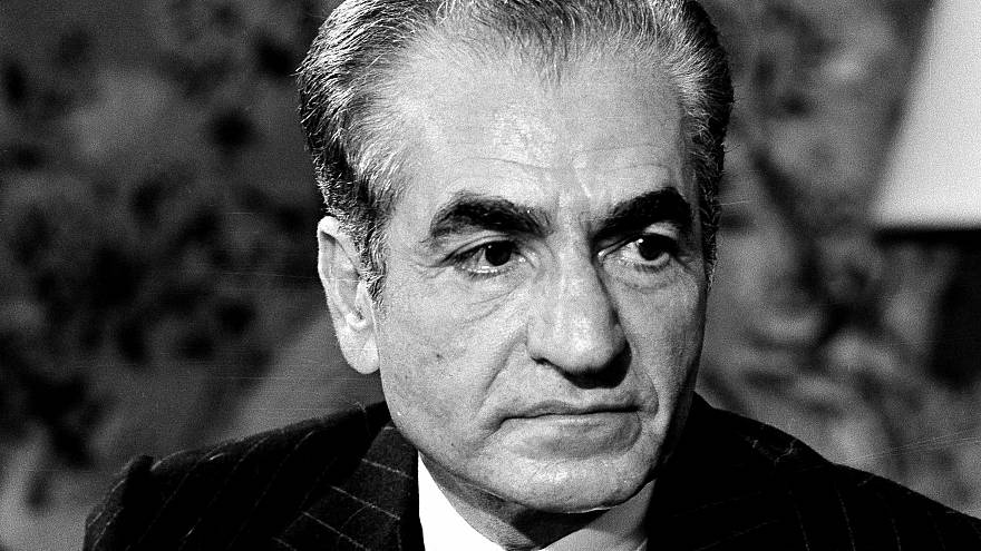از تجدد تا سقوط؛ ۴۰ سال از خروج شاه از ایران گذشت