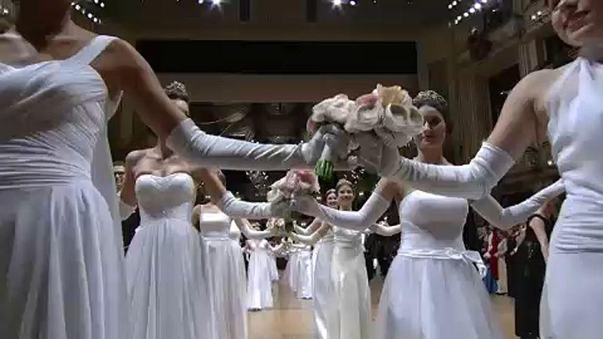 Készülnek a Bécsi Operabálra