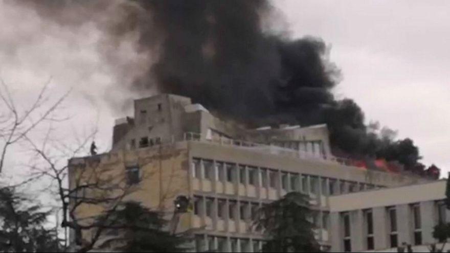 لحظه انفجار در ساختمان دانشگاه لیون