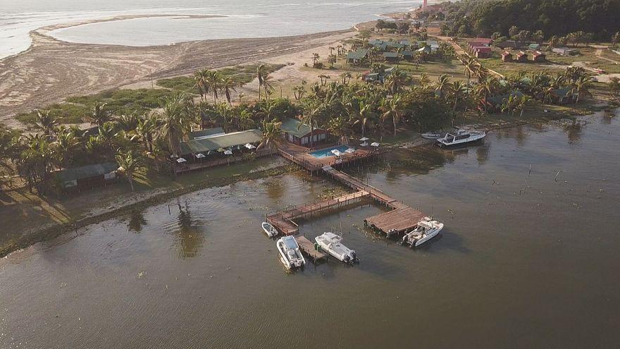 Ecoturismo em Angola: vida selvagem e safaris com surf
