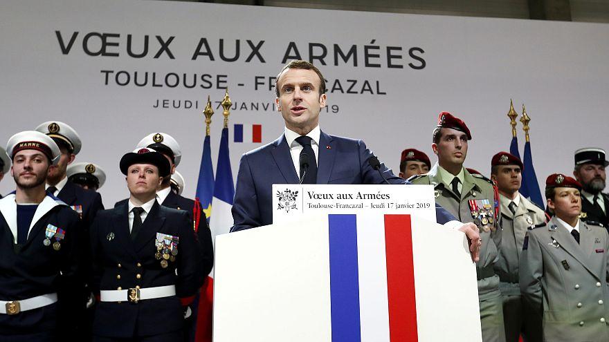 Macron: ABD çekilse de Suriye'de savaşmaya devam edeceğiz