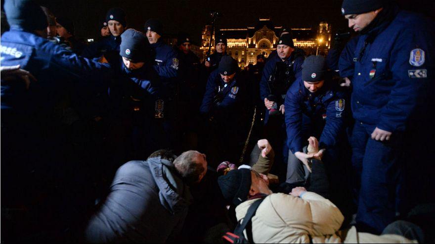 Rendőri intézkedéssel végződött a budapesti tüntetés