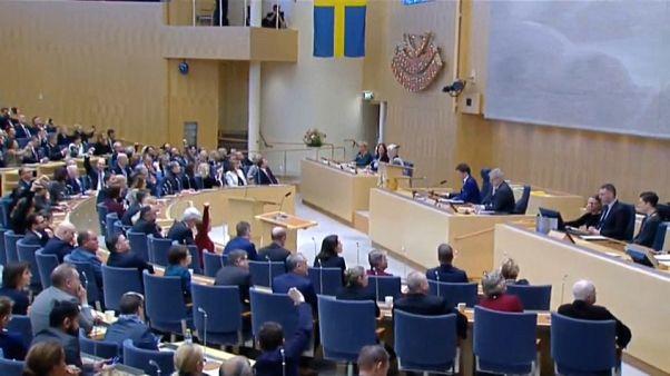 """El """"cordón sanitario"""" brinda a Löfven un nuevo mandato"""