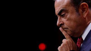 قضية كارلوس غصن إلى مزيد من التعقيد.. اتهامات بتلقيه 8  ملايين يورو بشكل غير قانوني