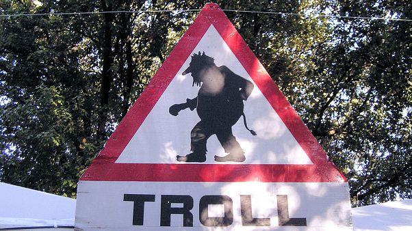 İnternetin 30. yılında 'trol hakimiyeti': Kim bu troller, isimleri nereden geliyor, amaçları ne?
