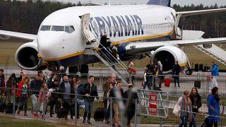 Ryanair снова пересматривает прогноз