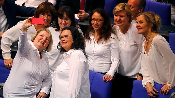 ألمانيا تحتفل بمرور 100 عام على منح المرأة  حق التصويت فماذا عن الدول العربية؟