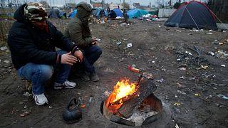 Migrants à Calais : Total construit un mur autour d'une de ses stations