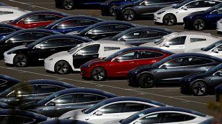 Tesla otomobiller