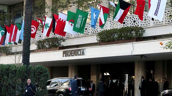 Suriye'nin üyeliği Arap Ligi'ni böldü, zirveye katılım düşük