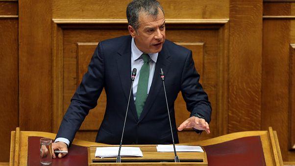 Στ. Θεοδωράκης: «Ναι» στις Πρέσπες - «Όχι» στον Τσίπρα