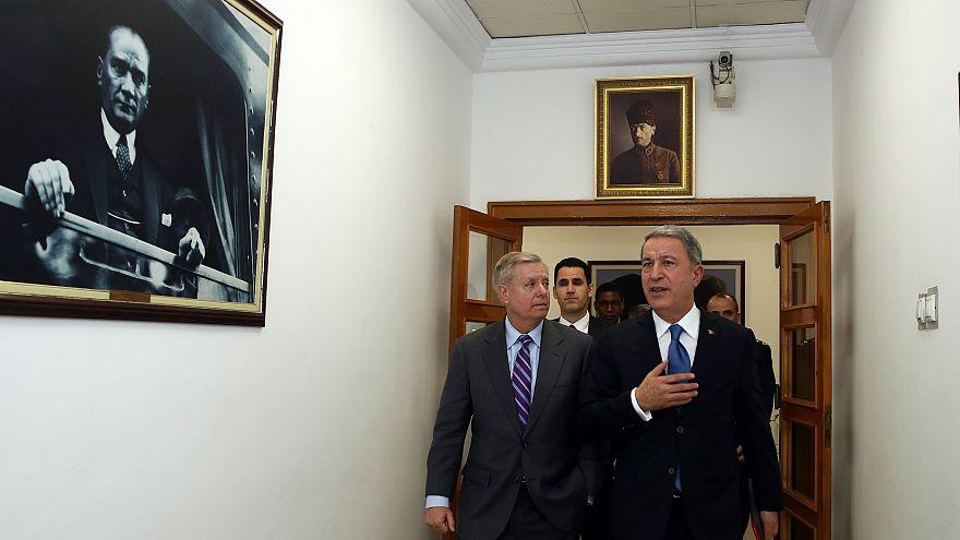 Senatör Lindsey Graham Hulusi Akar ile Ankara'da bir araya geldi