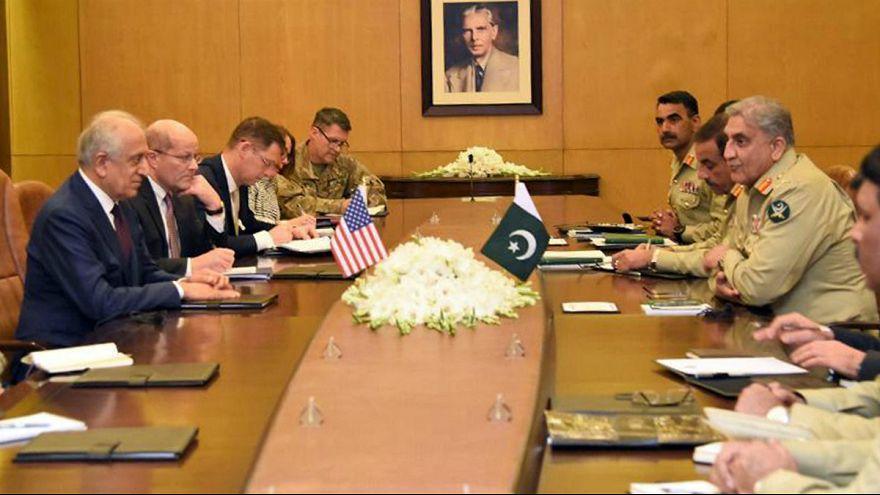 مذاکرات صلح افغانستان؛ طالبان گفتگو با خلیلزاد در پاکستان را رد کرد