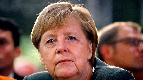 Merkel: Anlaşmalı Brexit için her şeyi yapmaya hazırım