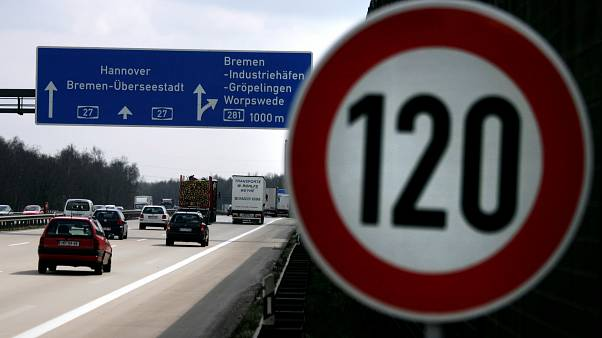 Section of autobahn near Bremen with speed limit