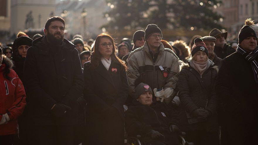 لهستان؛ حضور دهها هزار تن در مراسم تدفین شهردار گدانسک