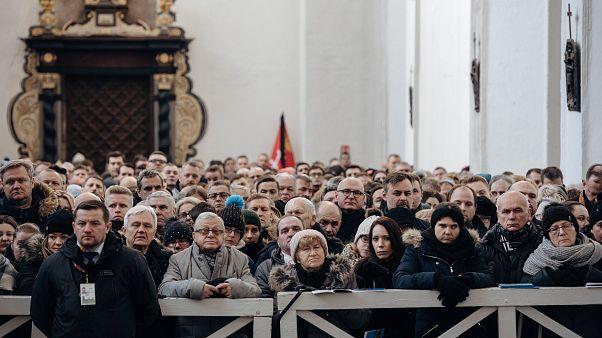 Danzig: Trauer um ermordeten Bürgermeister Adamowicz