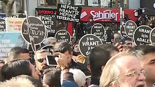 Hrant Dink öldürüldüğü Agos'un önünde anıldı: 'Hepimiz Teferruatız'