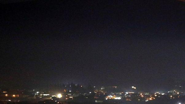Suriye: Başkent Şam'da bir yıldan sonra ilk kez şiddetli patlama sesi duyuldu