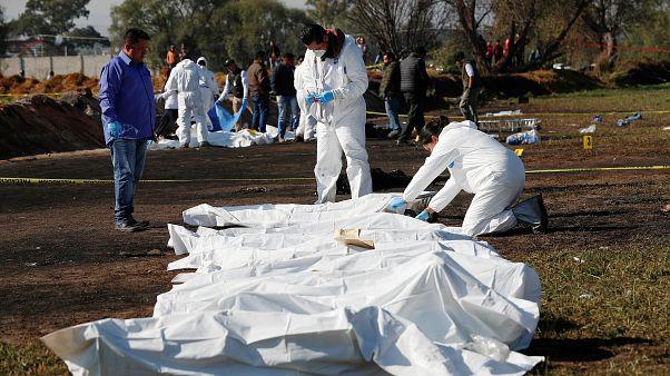 ارتفاع عدد قتلى انفجار خط أنابيب بالمكسيك إلى 73 قتيلا