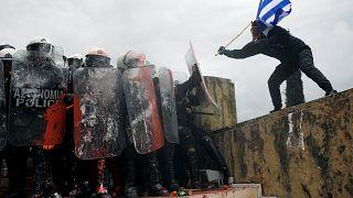 Tömegtüntetés Athénban