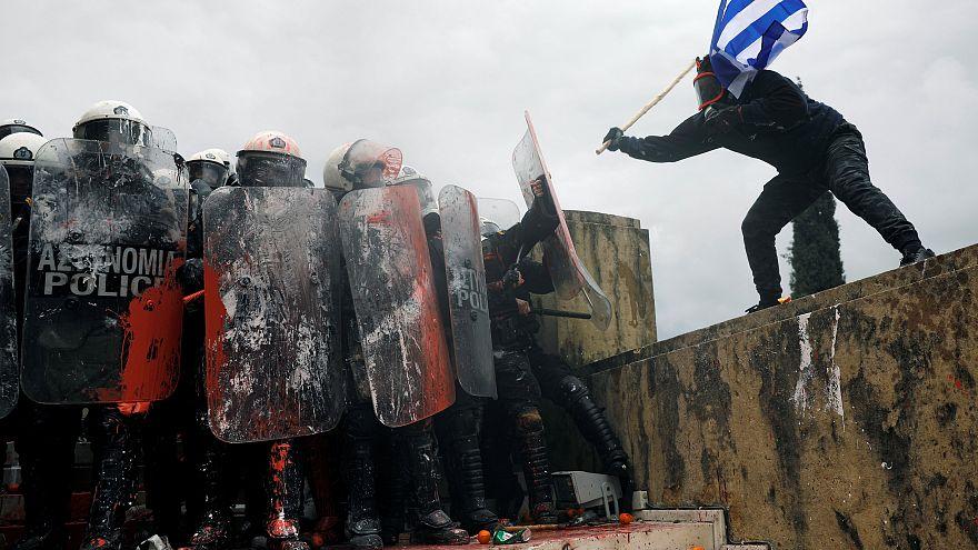 Scontri ad Atene contro nuovo nome della Macedonia