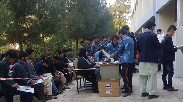 احزاب به حکومت افغانستان و جامعه جهانی: برگزاری انتخابات ریاست جمهوری  را به شرکت خصوصی بسپارید
