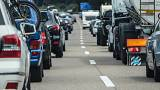 Bescheuert? Scherze über Tempolimit im Autoland Deutschland