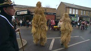 Gran Bretagna: il giorno dell'Orso di Paglia