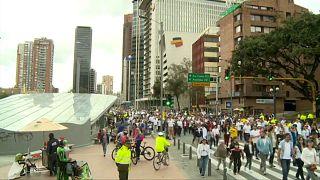 Kolumbien: Tausende Menschen protestieren gegen Terrorismus