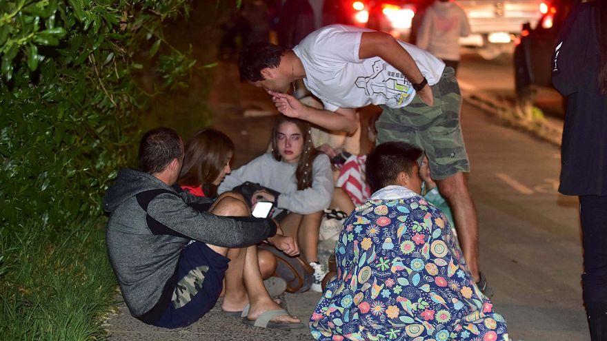 Ein starkes Erdbeben hat die Küste Chiles erschüttert